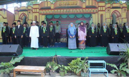 Darul Qur'an Gelar Tasyakuran dan Pelepasan Siswa Tahun Pelajaran 2015/2016